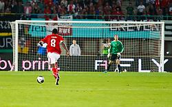 03.06.2011, Ernst Happel Stadion, Wien, AUT, UEFA EURO 2012, Qualifikation, Oesterreich (AUT) vs Deutschland (GER), im Bild David Alaba, (AUT, #8) läuft Sturm gegen das Tor von Manuel Neuer, (GER, #1) // during the UEFA Euro 2012 Qualifier Game, Austria vs Germany, at Ernst Happel Stadium, Vienna, 2010-06-03, EXPA Pictures © 2011, PhotoCredit: EXPA/ E. Scheriau