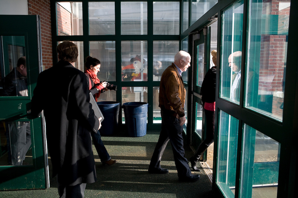 Sen. John McCain (R-AZ) walks to his bus after a town hall meeting in Pembroke, N.H., on Wednesday, Jan. 2, 2008.