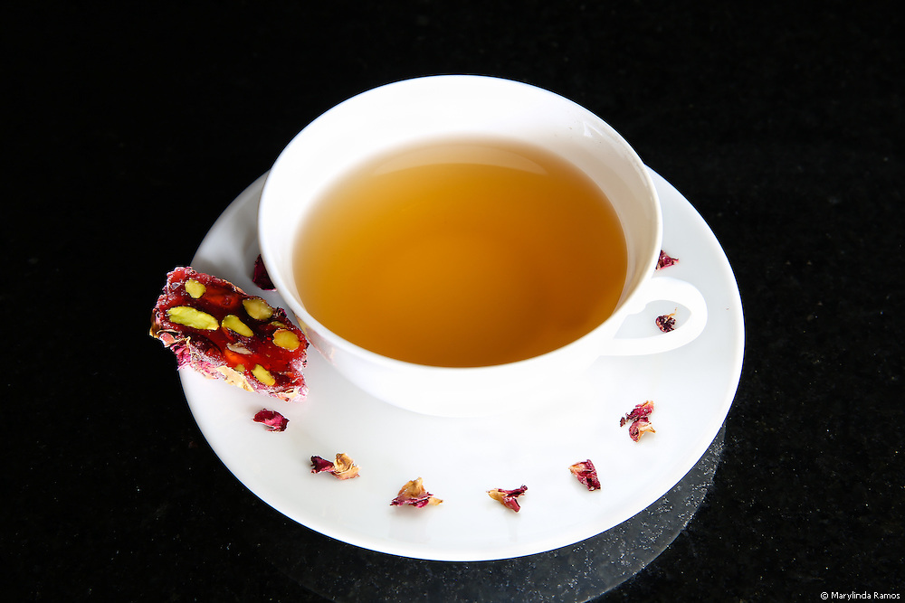Pomegranate Loukumi & Tea