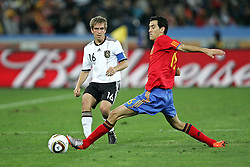 07.07.2010, Moses Mabhida Stadium, Durban, SOUTH AFRICA, Deutschland ( GER ) vs Spanien ( ESP ) im Bild Philipp Lahm of Germany and Pedro of Spain .Foto ©  nph /  Kokenge / SPORTIDA PHOTO AGENCY