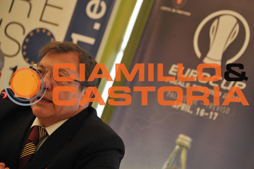 DESCRIZIONE : Treviso Lega A 2010-11 Eurocup Final Round Conferenza Stampa Presentazione Treviso<br /> GIOCATORE : Enzo Lefevre<br /> SQUADRA : <br /> EVENTO : Campionato Lega A 2010-2011 <br /> GARA : <br /> DATA : 06/04/2011<br /> CATEGORIA : Conferenza Stampa<br /> SPORT : Pallacanestro <br /> AUTORE : Agenzia Ciamillo-Castoria/M.Gregolin<br /> Galleria : Lega Basket A 2010-2011 <br /> Fotonotizia : Treviso Lega A 2010-11 Eurocup Final Round Conferenza Stampa Presentazione Treviso<br /> Predefinita :