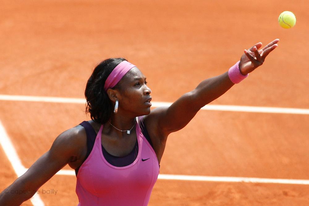 Roland Garros. Paris, France. June 3rd 2007..Serena WILLIAMS against Dinara SAFINA..