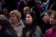 """Roma 25 gennaio 2011.Niccolo Fabi, cantautore e Concita De Gregorio direttore dell'Unità, alla Libreria Feltrinelli di via Appia , presentano il dvd  """" Parole di Lulù"""" , concerto del 30  Agosto in memoria della figlia del cantautore.Il Pubblico"""