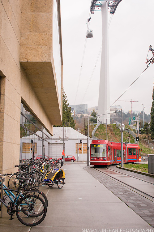 The portland streetcar and the Tram departing.