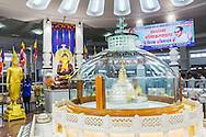 Interiör av den buddistiska stupan Deekshabhoomi iNagpur, Maharashtra, India