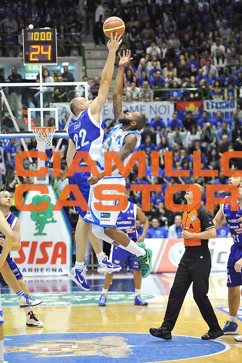 DESCRIZIONE : Gara 1 PlayOff Banco di Sardegna Dinamo Sassari - Lenovo Pallacanestro Cant&ugrave;<br /> GIOCATORE : Tony Easley<br /> CATEGORIA : <br /> SQUADRA :  <br /> EVENTO : PlayOff<br /> GARA : Banco di Sardegna Dinamo Sassari - Lenovo Pallacanestro Cant&ugrave;<br /> DATA : 09/05/2013<br /> SPORT : Pallacanestro <br /> AUTORE : Agenzia Ciamillo-Castoria / Luigi Canu<br /> Galleria : Lega Basket A 2012-2013  <br /> Fotonotizia : Gara 1 PlayOff Banco di Sardegna Dinamo Sassari - Lenovo Pallacanestro Cant&ugrave;<br /> Predefinita :