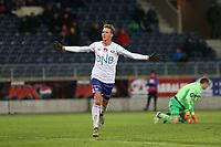 Fotball , 06. november 2016 , Eliteserien , Tippeligaen , Viking - Vålerenga<br /> Name fra Viking i aksjon mot Name fra Vålerenga.<br /> Foto: Andrew Halseid Budd , Digitalsport