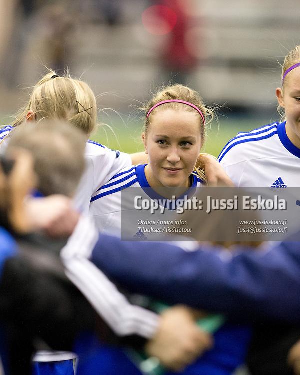 Annika Kukkonen. Suomi - Venäjä. Naisten maaottelu. Eerikkilä 14.2.2013. Photo: Jussi Eskola
