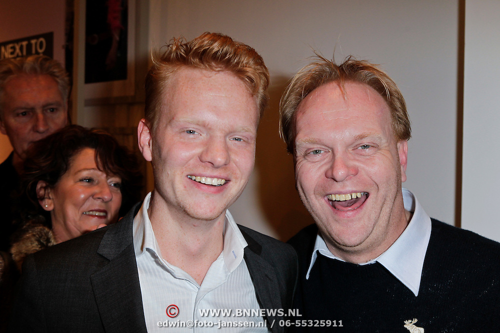 NLD/Amsterdam/20120116 - Premiere Next to Normal, ......... en Frits Huffnagel
