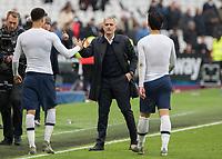 Football - 2019 / 2020 Premier League - West Ham United vs. Tottenham Hotspur<br /> <br /> Jose Mourinho, Manager of Tottenham FC, congratulates Dele Alli (Tottenham FC)  and Heung-Min Son (Tottenham FC) at the end of the game at the London Stadium<br /> <br /> COLORSPORT/DANIEL BEARHAM