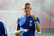Ross Barkley (8) of Chelsea on the pitch on arrival to St Mary's Stadium give the thumbs up before the Premier League match between Southampton and Chelsea at the St Mary's Stadium, Southampton, England on 7 October 2018.
