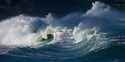 Raging waves explode on Oahu's north shore in Hawaii
