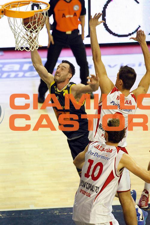 DESCRIZIONE : Pistoia Lega A2 2012-13 Playoff Quarti di finale Gara1 Giorgio Tesi Group Pistoia Givova Scafati<br /> GIOCATORE : Ghiacci Andrea<br /> SQUADRA : Givova Scafati<br /> EVENTO : Campionato Lega A2 2012-2013<br /> GARA : Giorgio Tesi Group Pistoia Givova Scafati Playoff quarti di finale gara1<br /> DATA : 1105/2013<br /> CATEGORIA : Tiro<br /> SPORT : Pallacanestro<br /> AUTORE : Agenzia Ciamillo-Castoria/Stefano D'Errico<br /> Galleria : Lega Basket A2 2012-2013 <br /> Fotonotizia : Pistoia Lega A2 2012-2013 Playoff Quarti di finale Gara1 Giorgio Tesi Group Pistoia Givova Scafati<br /> Predefinita :