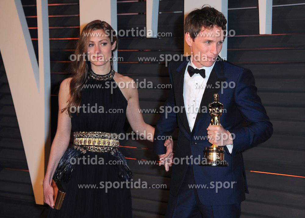 22.02.2015, Wallis Anneberg Center for the Performing Arts, Beverly Hills, USA, Vanity Fair Oscar Party 2015, Roter Teppich, im Bild Eddie Redmayne // during the red Carpet of 2015 Vanity Fair Oscar Party at the Wallis Anneberg Center for the Performing Arts in Beverly Hills, United States on 2015/02/22. EXPA Pictures &copy; 2015, PhotoCredit: EXPA/ Newspix/ PGSK<br /> <br /> *****ATTENTION - for AUT, SLO, CRO, SRB, BIH, MAZ, TUR, SUI, SWE only*****