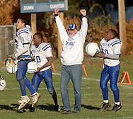 Middletown, NY - The Middletown team celebrates their victory over Highland Falls in an Orange County Youth Football League game at Watts Park in Middletown on Nov. 11, 2007.