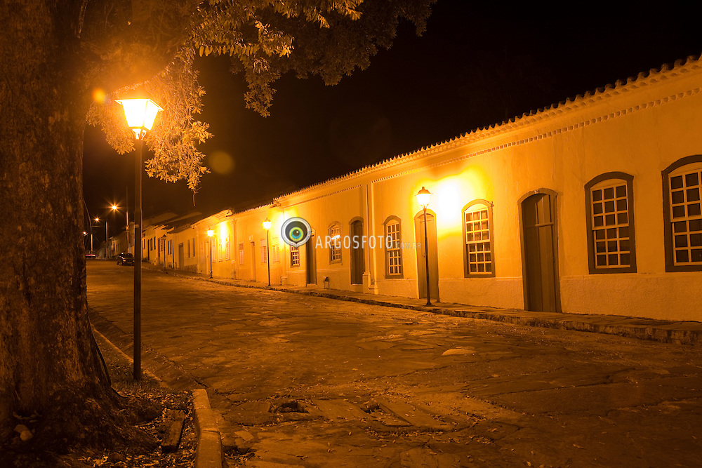 Goias Velho a noite. O municipio foi reconhecido em 2001 pela UNESCO como sendo Patrimonio Historico e Cultural Mundial por sua arquitetura barroca. / Goias (also known as Goias Velho, Old Goias) is a small city and municipality in the state of Goias in Brazil. In 2002, it became a UNESCO World Heritage Site./