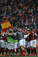 Esultanza giocatori Roma a fine partita. Celebration at the end of the match<br /> Roma 04-04-2015 Stadio Olimpico, Football Calcio Serie A AS Roma - Napoli Foto Andrea Staccioli / Insidefoto