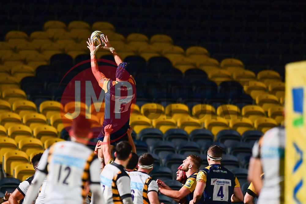 Andrew Kitchener of Worcester Cavaliers claims the lineout - Mandatory by-line: Craig Thomas/JMP - 23/10/2017 - RUGBY - Sixways Stadium - Worcester, England - Worcester Cavaliers v Wasps - Aviva A League