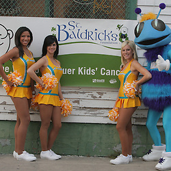 12 March 2009:  New Orleans Hornets Honeybees NBA dancers pose with team mascot Hugo at the annual St. Baldrick's charity fund raiser held at Parasol's Bar in the Irish Channel of New Orleans, Louisiana.