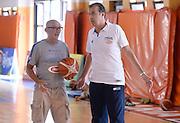 DESCRIZIONE : Folgaria Allenamento Raduno Collegiale  Nazionale Italia Maschile <br /> GIOCATORE : Luca Damonte Simone Pianigiani<br /> CATEGORIA : allenamento <br /> SQUADRA : Nazionale Italiana Uomini <br /> EVENTO :  Allenamento Raduno Folgaria<br /> GARA : Allenamento<br /> DATA : 23/07/2015 <br />  SPORT : Pallacanestro<br />  AUTORE : Agenzia Ciamillo-Castoria/R.Morgano<br /> Galleria : FIP Nazionali 2015<br /> Fotonotizia : Folgaria Allenamento Raduno Collegiale Nazionale Italia Maschile Predefinita :