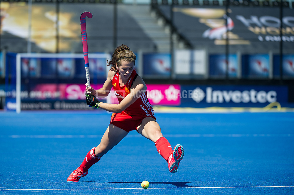 Anna Toman. England v Argentina, Lee Valley Hockey and Tennis Centre, London, England on 10 June 2017. Photo: Simon Parker