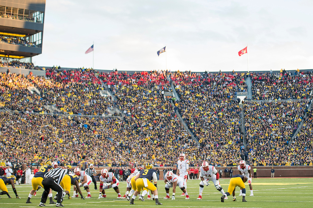 The Rutgers Scarlet Knights take on the Michigan Wolverines at Michigan Stadium in Ann Arbor, MI on Saturday afternoon, November 7, 2015.<br />