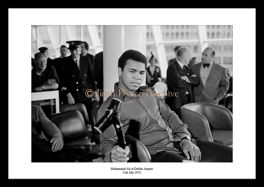 Muhammad Ali at Dublin Airport<br /> 11th July 1972