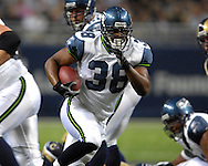 Seattle running back Mack Strong (38) brakes up the middle against St. Louis at the Edward Jones Dome in St. Louis, Missouri, October 15, 2006.  The Seahawks beat the Rams 30-27.<br />