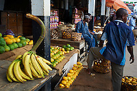 Tanzanie, archipel de Zanzibar, ile de Unguja (Zanzibar), ville de Zanzibar, quartier Stone Town classe patrimoine mondial UNESCO, le marche // Tanzania, Zanzibar island, Unguja, Stone Town, unesco world heritage, the market