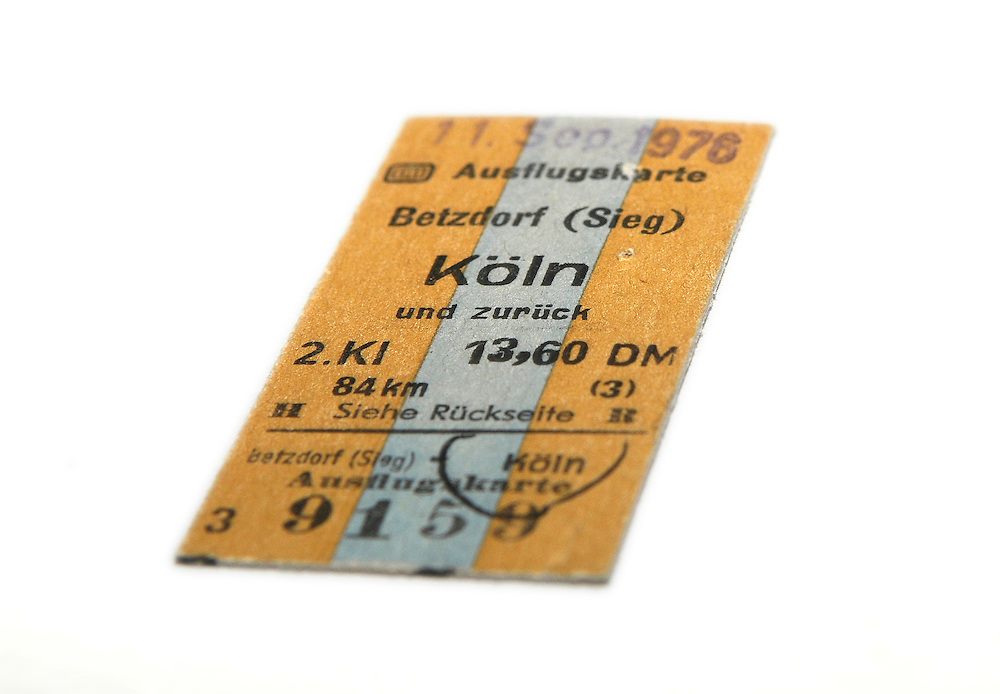 Bahnticket von 1976 von Betzdorf nach Koeln - German railway ticket 1976 to Köln - Cologne