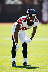 OAKLAND, CA - SEPTEMBER 18: Wide receiver Justin Hardy #16 of the Atlanta Falcons warms up before the game against the Oakland Raiders at Oakland-Alameda County Coliseum on September 18, 2016 in Oakland, California. The Atlanta Falcons defeated the Oakland Raiders 35-28. Photo by Jason O. Watson/Getty Images) *** Local Caption *** Taylor Gabriel