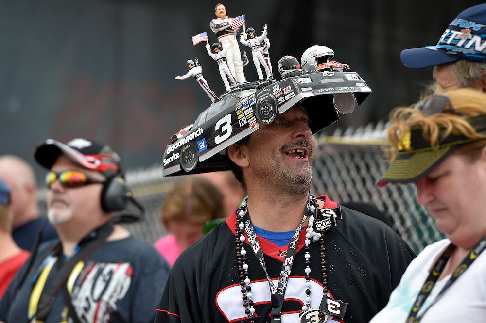 1-2 August, 2014, Long Pond, Pennsylvania USA<br /> A true NASCAR, Dale Earnhardt fan<br /> &copy;2014, Scott R LePage <br /> LAT Photo USA