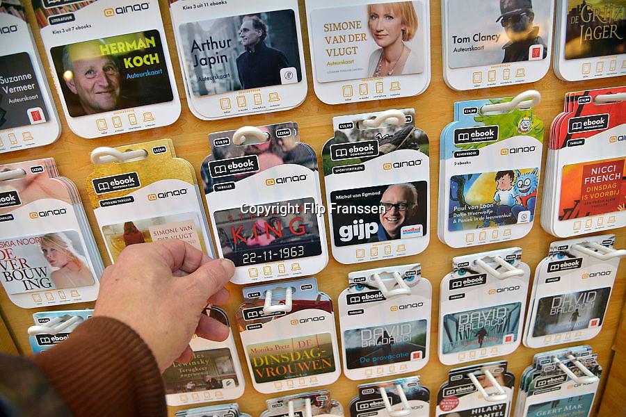 Nederland, Veenendaal, 30-1-2013In een winkel zijn ebooks te koop. Het zijn romans en andere leesboeken.Foto: Flip Franssen/Hollandse Hoogte