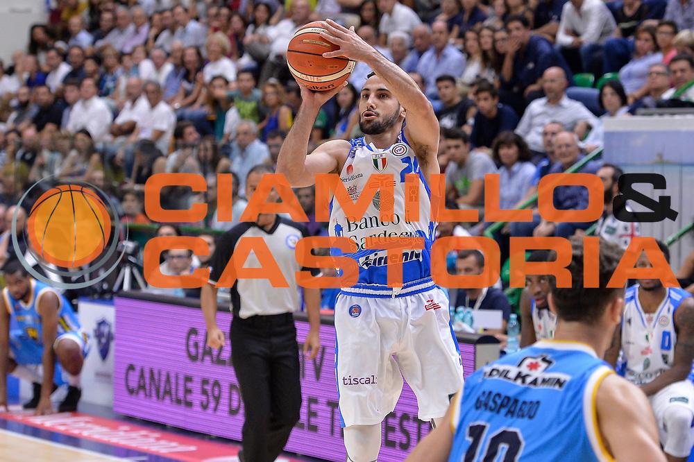 DESCRIZIONE : Beko Legabasket Serie A 2015- 2016 Dinamo Banco di Sardegna Sassari -Vanoli Cremona<br /> GIOCATORE : Rok Stipcevic<br /> CATEGORIA : Tiro Tre Punti Three Point<br /> SQUADRA : Dinamo Banco di Sardegna Sassari<br /> EVENTO : Beko Legabasket Serie A 2015-2016<br /> GARA : Dinamo Banco di Sardegna Sassari - Vanoli Cremona<br /> DATA : 04/10/2015<br /> SPORT : Pallacanestro <br /> AUTORE : Agenzia Ciamillo-Castoria/L.Canu