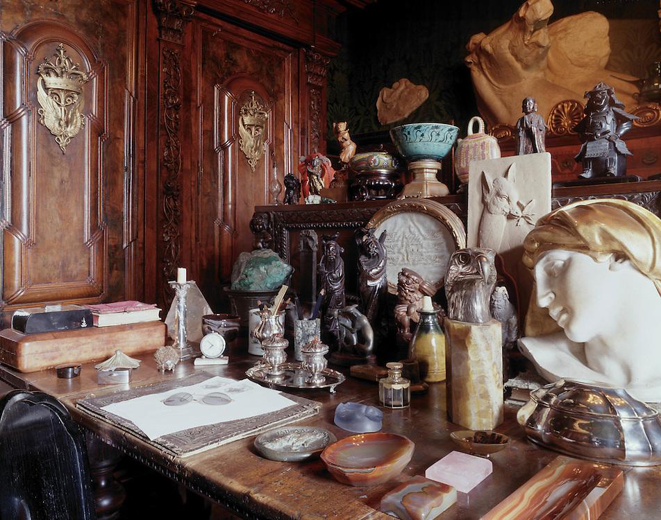Gardone (BS)  - Il Vittoriale degli Italiani,  casa di Gabriele D'Annunzio: lo studio in cui morì il 1 marzo 1938