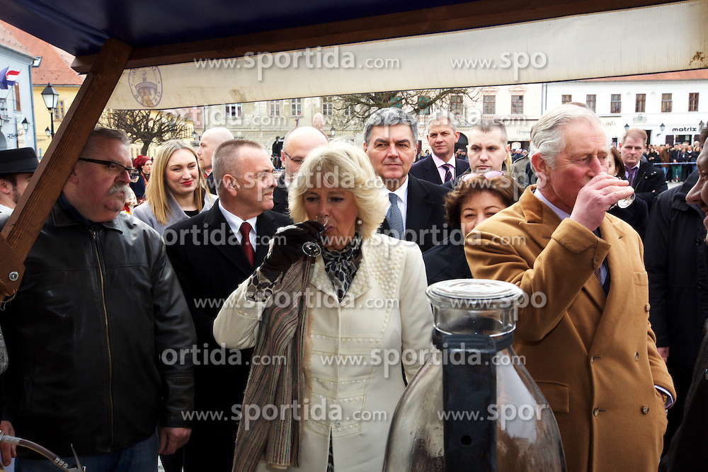 15.03.2016, Osijek, CRO, der Britische Kronprinz Charles und seine Frau Camilla besuchen Kroatien, im Bild British Crown Prince Charles and his wife Camilla, the Duchess of Cornwall, will visit Osijek. Osijek is the largest city in Slavonia, a region of eastern Croatia, which was on the front line of the war between Croatia and the Yugoslav Army between 1991 and 1995. Mayor Ivica Vrkic welcomed royal couple. EXPA Pictures © 2016, PhotoCredit: EXPA/ Pixsell/ Vlado Kos/CroPix/POOL<br /> <br /> *****ATTENTION - for AUT, SLO, SUI, SWE, ITA, FRA only*****
