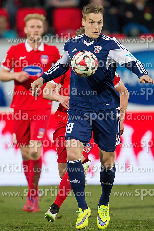 10.04.2015, Voith Arena, Heidenheim, GER, 2. FBL, 1. FC Heidenheim vs FC Ingoldstadt 04, 28. Runde, im Bild Max Christiansen ( FC Ingoldstadt 04 ). Im HG Sebastian Griesbeck ( 1.FC Heidenheim ) // during the 2nd German Bundesliga 28th round match between 1. FC Heidenheim and FC Ingoldstadt 04 at the Voith Arena in Heidenheim, Germany on 2015/04/10. EXPA Pictures &copy; 2015, PhotoCredit: EXPA/ Eibner-Pressefoto/ Bozler<br /> <br /> *****ATTENTION - OUT of GER*****
