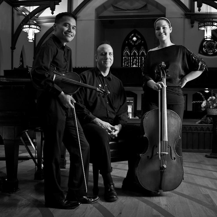 WASHINGTON, DC -- 11/20/12 -- Bob Boguslaw leads the Rock Creek Trio.? by André Chung #AC1_2919