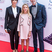 NLD/Amsterdam/20170924 - Première Was Getekend, Annie M.G. Schmidt, Isa Hoes en dochter Vinder en Onno Hoes