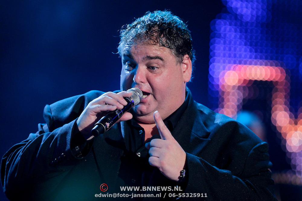 NLD/Den Bosch/20110929 - Uitreiking BumaNL Awards 2011, optreden Peter Beense