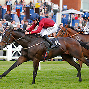 Tidentime and Matthew Davies winning the 6.55 race