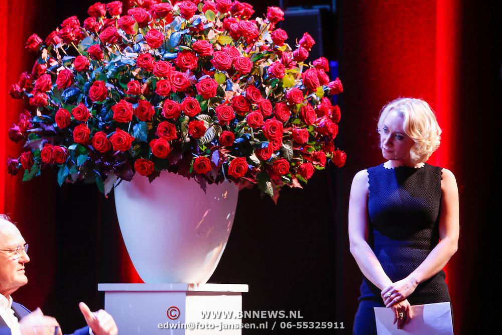 NLD/Amsteram/20121024- Presentatie biografie Joop van den Ende,  Eva Jinek