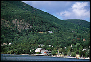 05: HUDSON RIVER TOWNS, BOATS