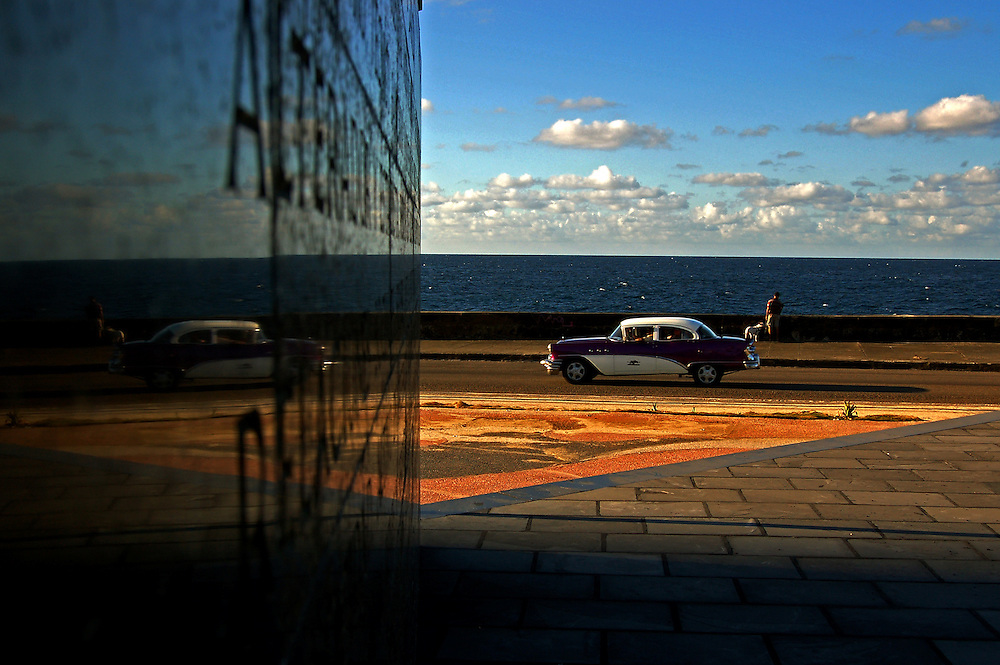 THE HAVANA<br /> Photography by Aaron Sosa<br /> Havana - Cuba 2007<br /> (Copyright &copy; Aaron Sosa)<br /> <br /> Havana, officially Ciudad de La Habana, is the capital city, major port, and leading commercial centre of Cuba. The city is one of the 14 Cuban provinces. The city/province has 2.4 million inhabitants, and the urban area over 3.7 million, making Havana the largest city in both Cuba and the Caribbean region.