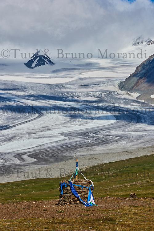 Mongolie, province de Bayan-Ulgii, Parc national de Tavan Bogd, les plus hauts sommets de la chaine de montagne Altai, le glacier de Potanine // Mongolia, Bayan-Ulgii province, western Mongolia, National parc of Tavan Bogd, the 5 highest summit of the Altay mountains, Potanine glacier