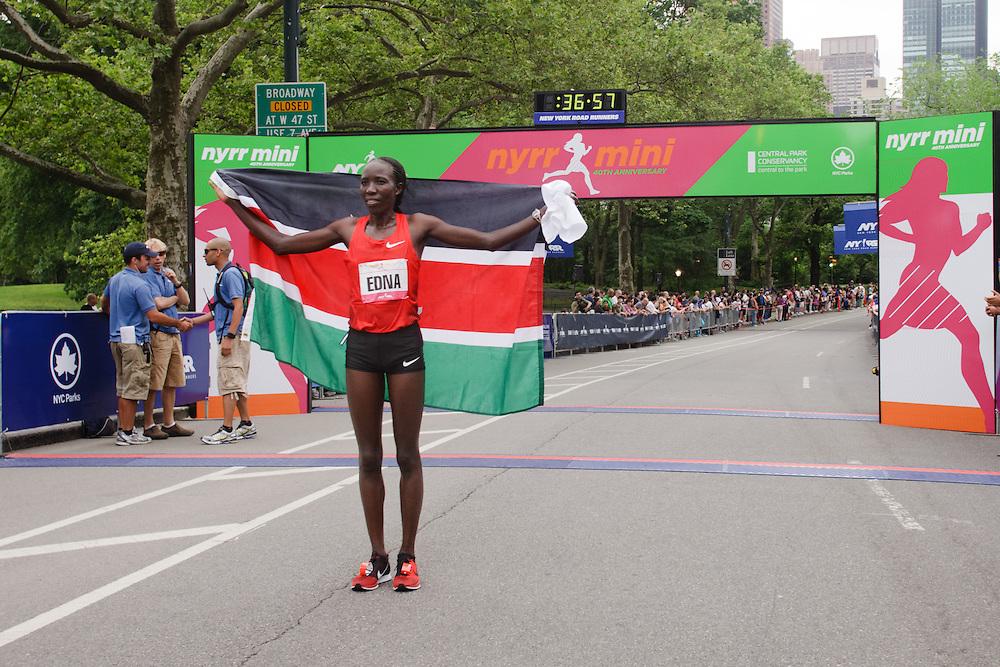 NYRR Mini 10K road race (40th year); Edna Kiplagat, Kenya, winner