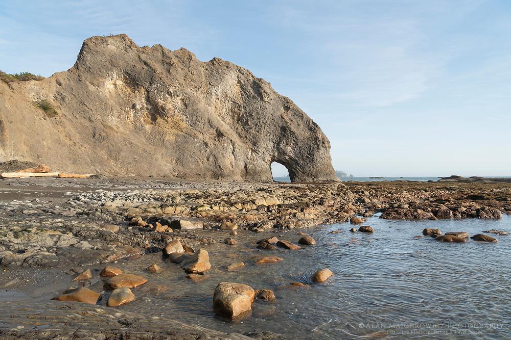 Hole in the Wall Rialto Beach, Olympic National Park, Washington