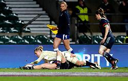 Danielle Waterman of England scores a try - Mandatory by-line: Robbie Stephenson/JMP - 04/02/2017 - RUGBY - Twickenham - London, England - England v France - Women's Six Nations