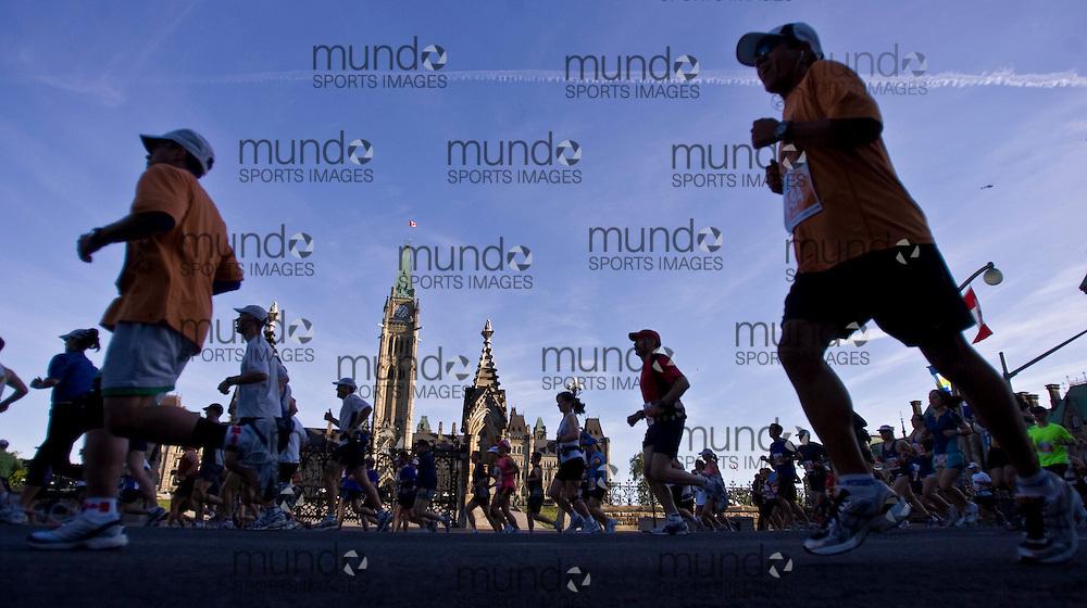 Ottawa, Ontario ---25/05/08--- Ottawa race weekend ING Ottawa Marathon.GEOFF ROBINS /