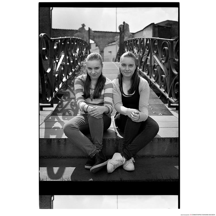Ghent, 31 mar 2017, Emilie and Lauren, twins